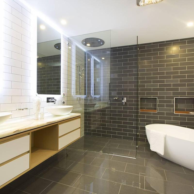 Bellissimo-Pedestal Basin Sink, Basin Faucet Manufacturer | Project Case-10